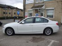 USED 2015 15 BMW 3 SERIES 320D EFFICIENTDYNAMICS BUSINESS ( LEATHER & SAT NAV ) FREE TAX FULL BLACK LEATHER , SAT NAV MEDIA AND FREE ROAD TAX !
