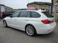 USED 2013 13 BMW 3 SERIES 320D LUXURY STEP AUTO ESTATE ( HIGH SPEC ) TOP LEVEL LUXURY EDITION AUTOMATIC ESTATE WITH FULL LEATHER & SAT NAV MEDIA