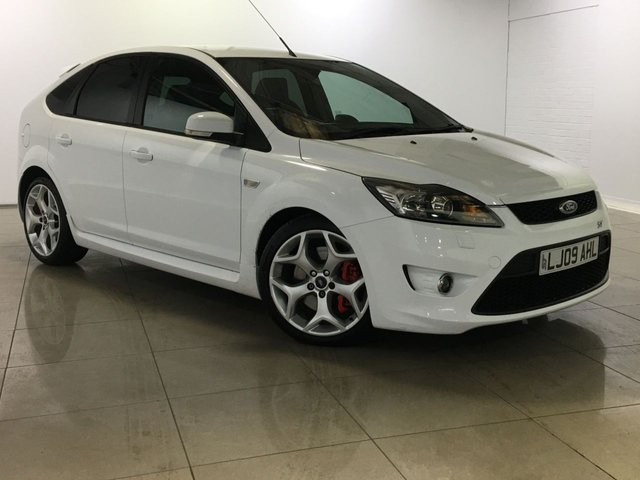 View our 2009 09 FORD FOCUS 2.5 ST-2 5d 223 BHP