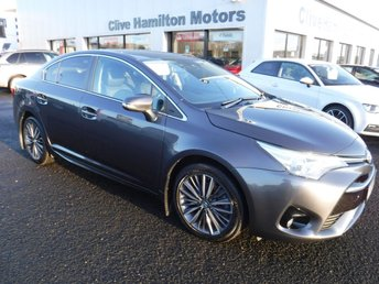 2017 TOYOTA AVENSIS 2.0 D-4D DESIGN 4d 141 BHP 1/2 Leather & Priv Glass £14990.00