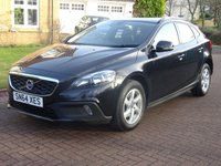 USED 2014 64 VOLVO V40 1.6 D2 CROSS COUNTRY SE NAV 5d 113 BHP FULL SERVICE RECORD (6 STAMPS) + NAVIGATION + BLUETOOTH + HALF LEATHER +PARKING AID
