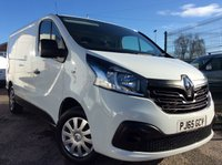 USED 2015 65 RENAULT TRAFIC SWB 1.6 SL27 BUSINESS PLUS DCI S/R P/V 115 BHP 1 OWNER FSH MANUFACTURER'S WARRANTY ELECTRIC WINDOWS AND MIRRORS BLUETOOTH 6 SPEED AIR CONDITIONING REAR PARKING SENSORS