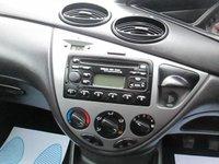 USED 2004 53 FORD FOCUS 1.6 ZETEC 5d 99 BHP