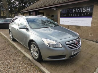 View our VAUXHALL INSIGNIA