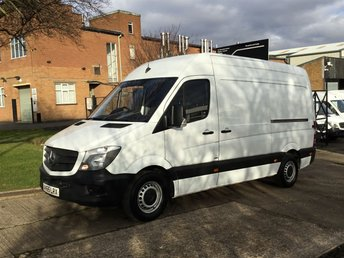 2015 MERCEDES-BENZ SPRINTER 2.1 313CDI MWB HIGH ROOF 129BHP NEW SHAPE. 1 OWNER. £11495.00
