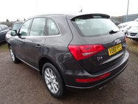 USED 2009 59 AUDI Q5 2.0 TDI QUATTRO SE 5d AUTO 168 BHP AUDI SERVICE STAMPS @ 19,438 / 34,779 / 49,504 / 59,459 & 82,515 miles It has had another service done at 72,150 but not a Audi dealer. Also information written in the service book at 89,319 miles of an oil change, MOT & front brake pads (this is not stamped in the book) V5 doc shows 1 previous keeper and the current owner has had the vehicle since 2015. A current MOT certificate and 2 keys (spare not tested)