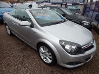 USED 2006 56 VAUXHALL ASTRA 1.9 TWIN TOP DESIGN 3d 150 BHP 1/2 LEATHER INTERIOR, AIR CONDITIONING , ALLOYS, F.S.H