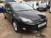 USED 2012 62 FORD FOCUS 1.6 ZETEC 5d AUTO 124 BHP LOW MILEAGE / AUTOMATIC