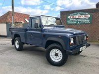USED 2014 63 LAND ROVER DEFENDER 2.2 TD HIGH CAPACITY PICK UP 1d 122 BHP Only 26,100 Miles, One Owner, Tow Pack, Rare Example.