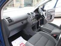 USED 2011 05 VOLKSWAGEN TOURAN 2.0 SE TDI 5d 142 BHP 7 SEATS - FRONT & REAR PARKING SENSORS