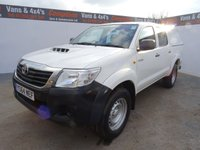 USED 2014 64 TOYOTA HI-LUX 2.5 ACTIVE 4X4 D-4D DCB 1d 142 BHP remote central locking electric windows and mirrors 5 seater with parrot hands free phone kit