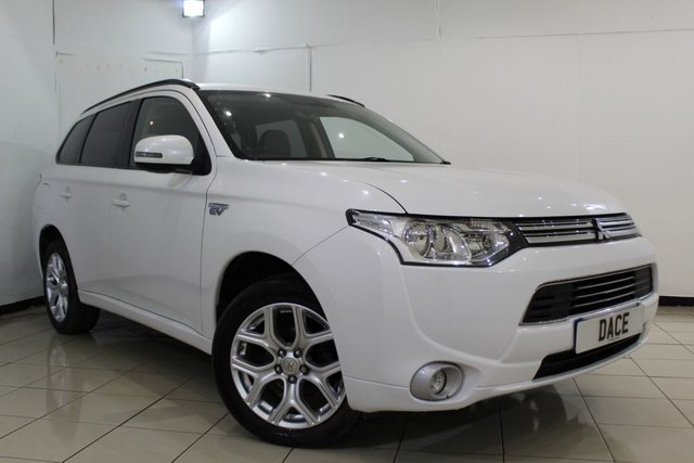 View our 2014 14 MITSUBISHI OUTLANDER 0.0 PHEV GX 3H 5DR AUTOMATIC 162 BHP
