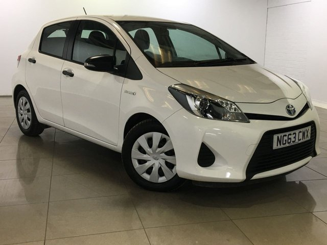 View our 2014 63 TOYOTA YARIS 1.5 HYBRID ACTIVE 5d AUTO 61 BHP
