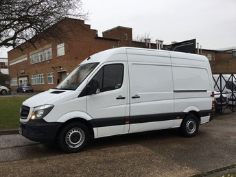 2013 MERCEDES-BENZ SPRINTER 2.1 313CDI MWB HIGH ROOF 129BHP FACELIFT NEW SHAPE. 1 OWNER £8990.00