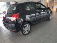 USED 2013 62 RENAULT CLIO 1.1 DYNAMIQUE TOMTOM 16V 3d 75 BHP