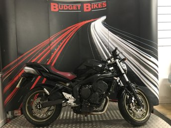 View our YAMAHA FZ6
