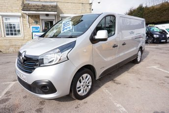 2015 RENAULT TRAFIC 2.9T 1.6 LL29 ENERGY DCI 120 SPORT ( LONG ) £12489.00