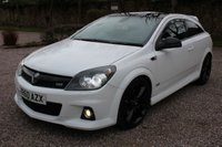 USED 2010 60 VAUXHALL ASTRA 2.0 VXR ARCTIC EDITION 3d 236 BHP
