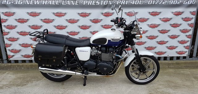 2014 14 TRIUMPH BONNEVILLE 865 Retro Roadster
