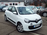 USED 2017 17 RENAULT TWINGO 1.0 PLAY SCE 5d 70 BHP ONE Owner Bluetooth