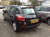 USED 2010 59 RENAULT CLIO 1.5 DYNAMIQUE DCI 5d 85 BHP PAN ROOF + FULL SERVICE HISTORY
