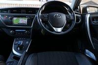 USED 2015 15 TOYOTA AURIS 1.8 EXCEL VVT-I 5d AUTO 99 BHP