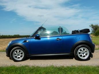 2014 MINI CONVERTIBLE 1.6 Cooper 2dr £10495.00