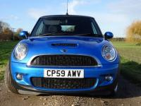 USED 2009 59 MINI CONVERTIBLE 1.6 Cooper S 2dr FMSH Alloys Half Leather A/C