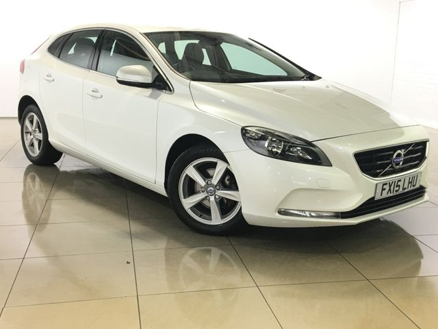 View our 2015 15 VOLVO V40 1.6 D2 SE 5d 113 BHP