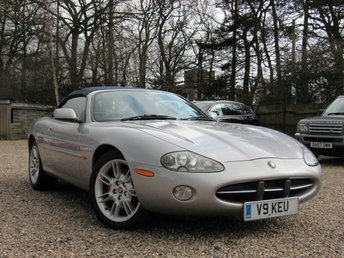 2001 JAGUAR XK8 4.0 CONVERTIBLE 2d AUTO 290 BHP £9490.00