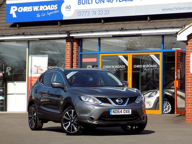 USED 2015 64 NISSAN QASHQAI 1.5 DCi Tekna 5dr 108 BHP * Nav + Leather + Pan Roof *