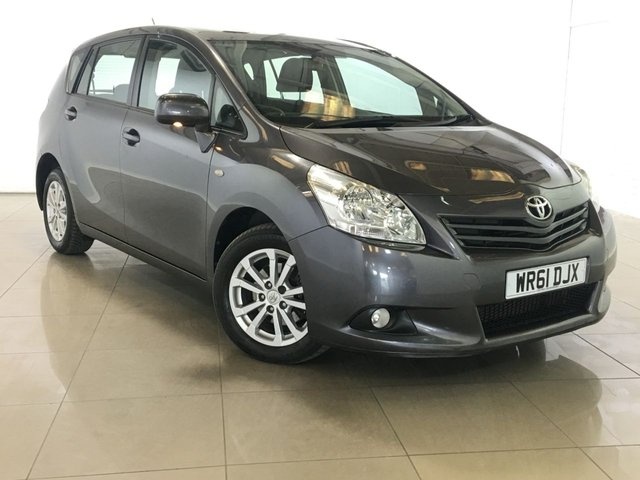 View our 2011 61 TOYOTA VERSO 2.0 TR D-4D 5d 125 BHP