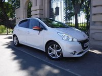 USED 2015 15 PEUGEOT 208 1.2 ROLAND GARROS 5d 82 BHP *** FINANCE & PART EXCHANGE WELCOME *** SAT/NAV FULL LEATHER HEATED SEATS PANORAMIC ROOF BLUETOOTH PHONE DAB RADIO