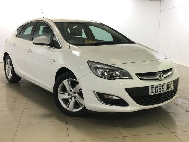 View our 2015 65 VAUXHALL ASTRA 2.0 SRI CDTI S/S 5d 163 BHP