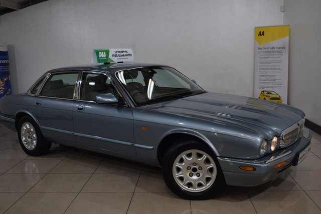 View our JAGUAR XJ8