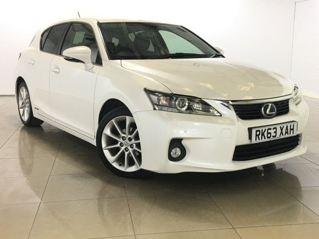 View our 2013 63 LEXUS CT 1.8 200H LUXURY 5d 136 BHP