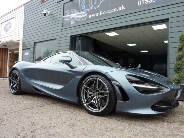 View our MCLAREN 720S
