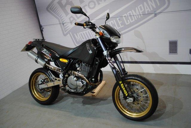 2003 03 CCM R30 SUPERMOTO 644cc