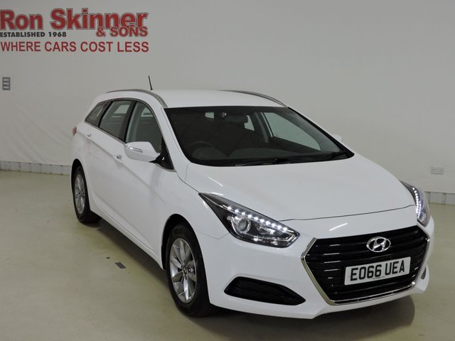 View our 2016 66 HYUNDAI I40 1.7 CRDI S BLUE DRIVE 5d 139 BHP