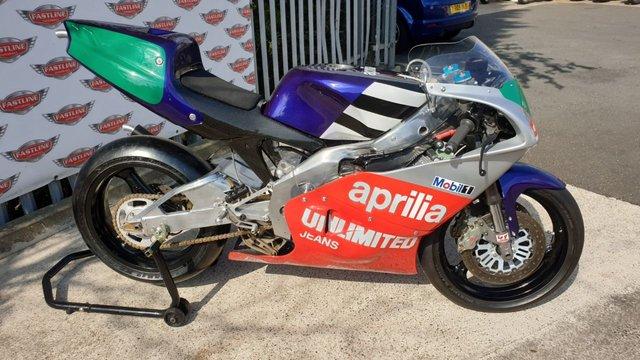 View our APRILIA AF1