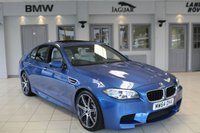 USED 2014 64 BMW M5 4.4 4d AUTO COMPETITION PACK 567 BHP FULL BMW SERVICE HISTORY + MERINO SILVER STONE LEATHER SEATS + PRO SAT NAV + HEADS UP DISPLAY + GLASS SUNROOF + SERVICE PACK 29-11-19 OR 50K + REVERSE CAMERA + HEATED FRONT SEATS + SOFT CLOSE DOORS + HARMON/KARDON SOUND SYSTEM + BLUETOOTH + XENON HEADLIGHTS + DAB RADIO + 20 INCH ALLOYS