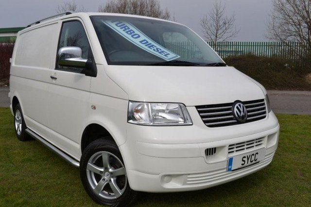 2009 09 VOLKSWAGEN TRANSPORTER 1.9TDI PD 84PS Van WITH ROCK AND ROLL BED WITH BELTS