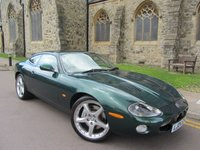 USED 2004 04 JAGUAR XKR 4.2 XKR COUPE 2d AUTO 290 BHP ++ OUTSTANDING CONDITION   ++