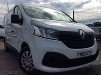 USED 2015 65 RENAULT TRAFIC SWB 1.6 SL27 BUSINESS PLUS DCI S/R 115 BHP 1 OWNER FSH MANUFACTURER'S WARRANTY ELECTRIC WINDOWS AND MIRRORS BLUETOOTH 6 SPEED AIR CONDITIONING REAR PARKING SENSORS
