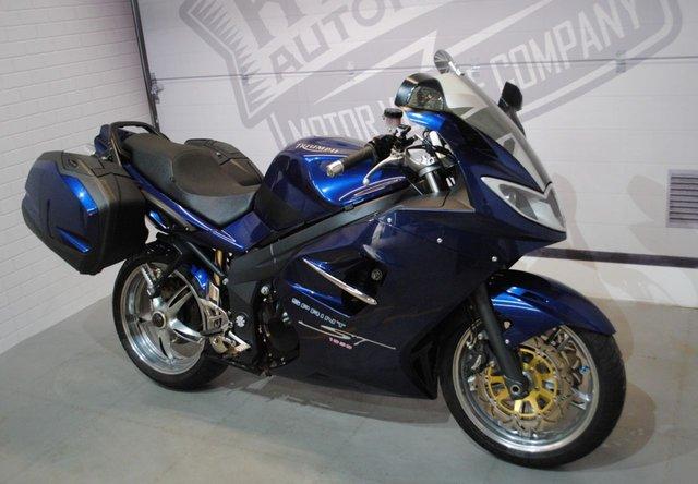 2008 08 TRIUMPH SPRINT ST 1050 1050cc