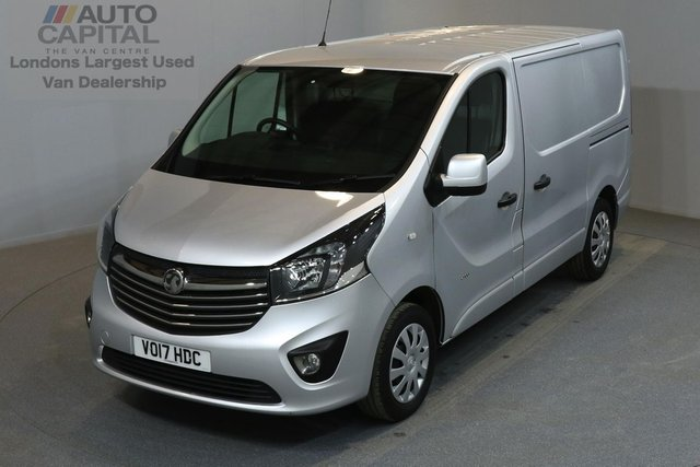 2017 17 VAUXHALL VIVARO 1.6 2900 SPORTIVE 120 BHP A/C E6  ONE OWNER FROM NEW, MANUFACTURER WARRANT UNTIL 15/05/2020