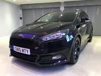"""USED 2015 FORD FOCUS 2.0 TDCi 185 ST-2 5dr PRIVACY GLASS + 18"""" GLOSS BLACK ALLOY WHEELS + PARKING SENSORS"""