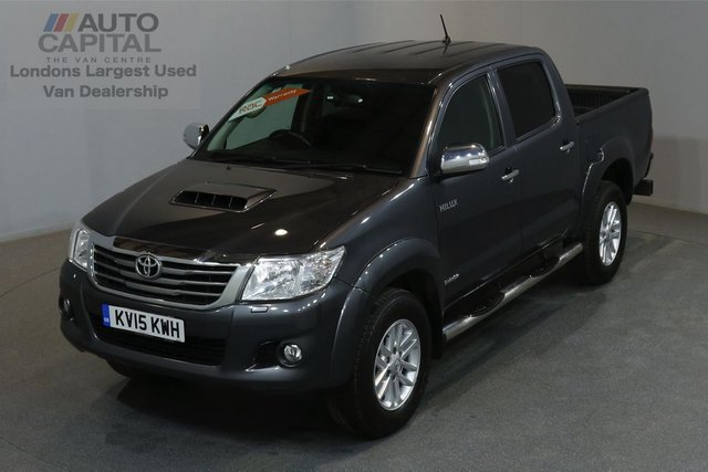 2015 15 TOYOTA HI-LUX 3.0 INVINCIBLE 4X4 169 BHP A/C ONLY ONE OWNER FROM NEW, FULL SERVICE HISTORY