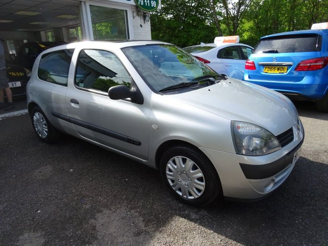 2005 54 RENAULT CLIO 1.4 EXPRESSION 16V 3d AUTOMATIC 98 BHP