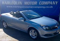 USED 2007 07 VAUXHALL ASTRA 1.8 TWIN TOP SPORT 3d 140 BHP THE SUNS OUT ITS CONVERTIBLE WEATHER THIS 2007 VAUXHALL ASTRA 1.8 SPORT CONVERTIBLE MANUAL IN METALLIC LIGHTENING SILVER ELECTRIC CONVERTIBLE ROOF AIR CON ALLOYS FULL SERVICE HISTORY COVERING ONLY 56,000 MILES
